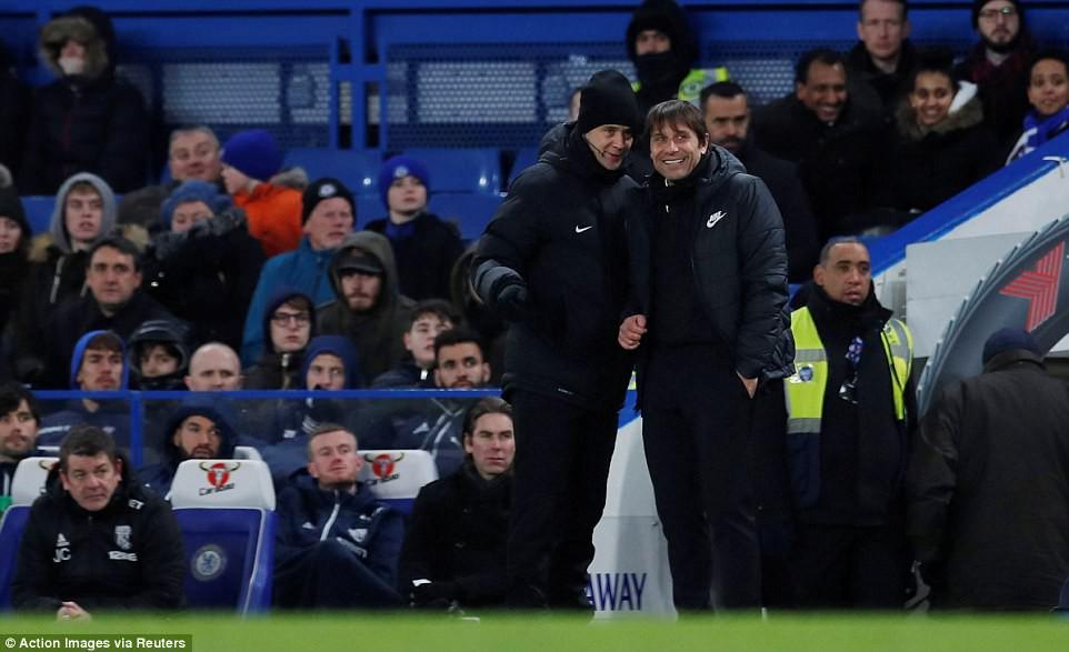Hazard lập cú đúp, Chelsea trở lại Top 4 - Ảnh 16.