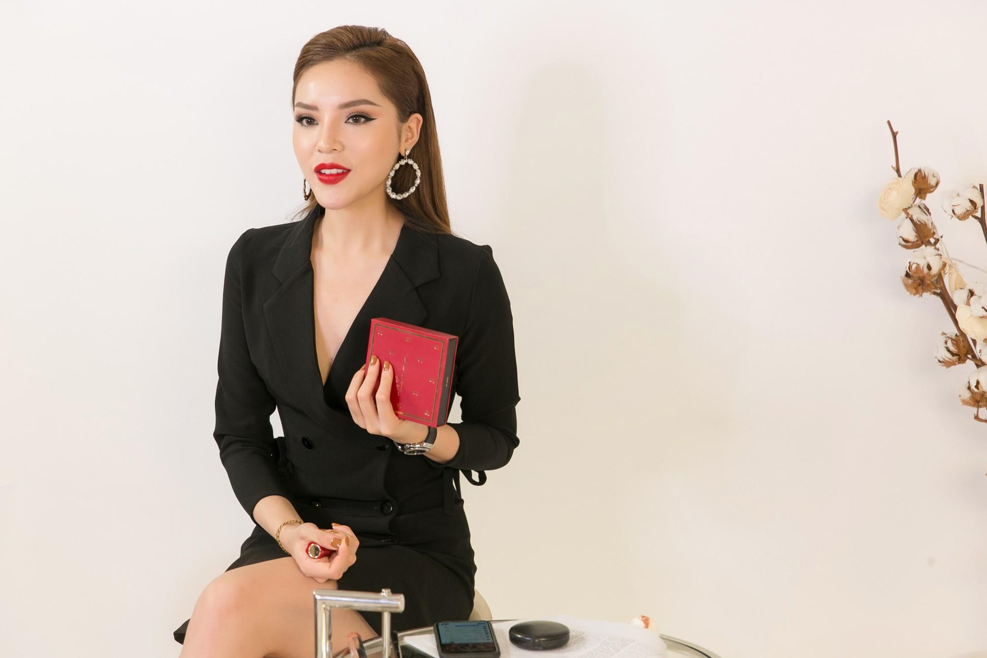 Nghe Hoa hậu Kỳ Duyên test 3 cây son cực hot của Vavachi mùa Valentine - Ảnh 3.