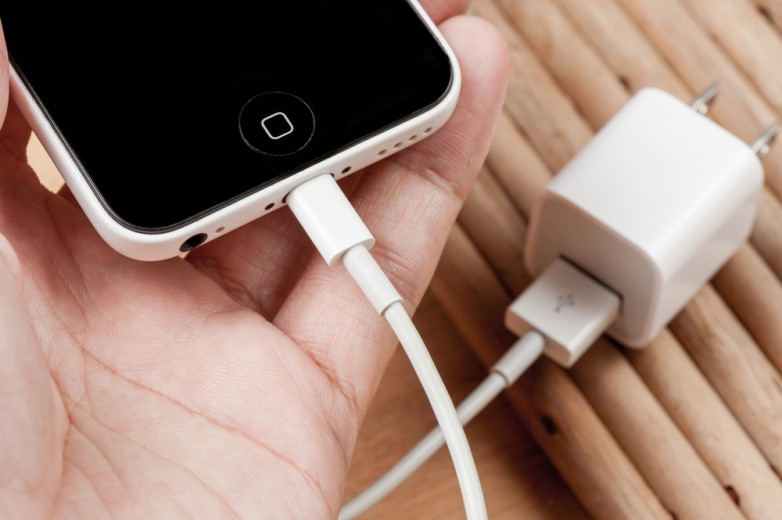 4 điều cần ghi nhớ nếu không muốn iPhone bất chợt phát nổ gây nguy hiểm chết người - Ảnh 2.