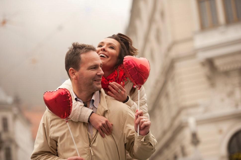 Khi I love you không chỉ là anh yêu em: Quan niệm khác nhau của các quốc gia về cách bày tỏ tình yêu - Ảnh 6.
