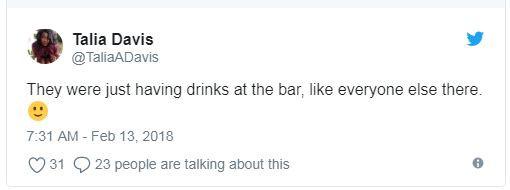 Loạt fan bấn loạn vì bỗng bắt gặp Kristen Stewart và Robert Pattinson bên nhau tại bar - Ảnh 2.