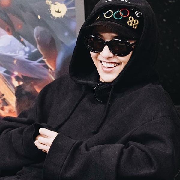 Ra mắt chưa bao lâu, chiếc mũ Olympic của G-Dragon bỗng mất tích không dấu vết - Ảnh 1.