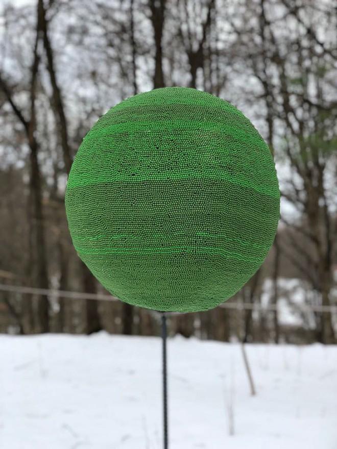 Redditor này dành cả thanh xuân để biến 42.000 que diêm thành quả cầu khổng lồ rồi đốt nó đi - Ảnh 13.