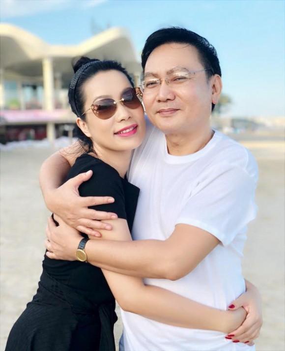 Sao Việt người khoe quà khủng, người hạnh phúc hé lộ người yêu bí mật trong ngày Valentine - Ảnh 9.