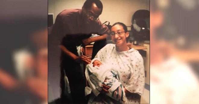 Cậu bé tuổi teen ôm một chiếc hộp đựng giày vào bệnh viện, y tá không tin vào mắt mình khi mở nó ra - Ảnh 7.