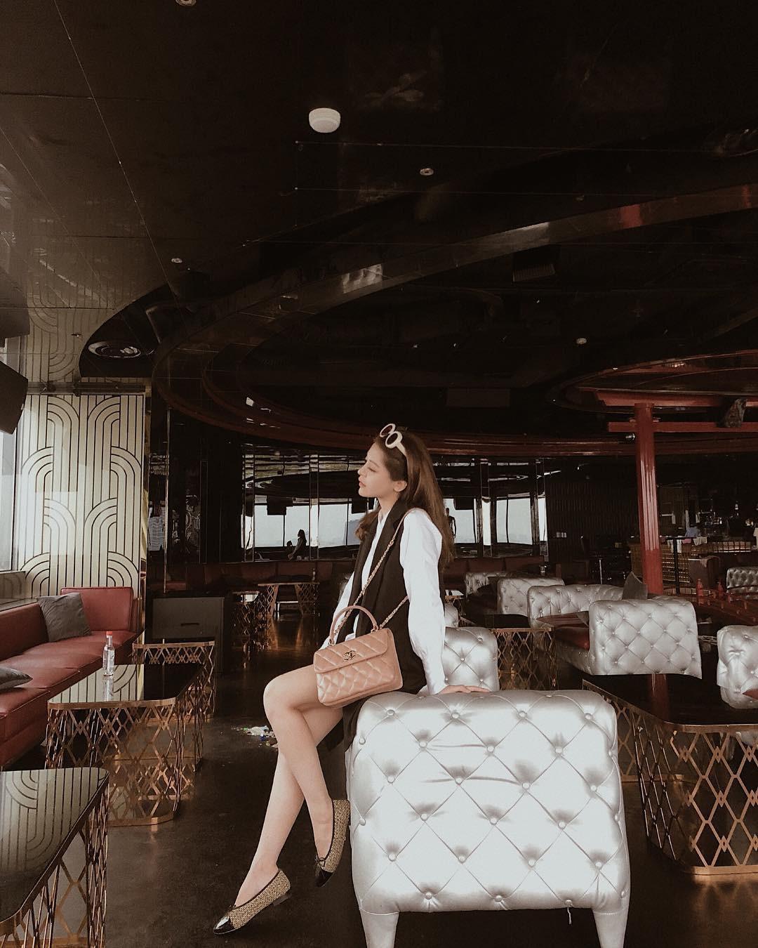 Bạn gái tin đồn của Soobin hóa ra là tín đồ hàng hiệu đích thực và rất nghiện túi Chanel - Ảnh 2.