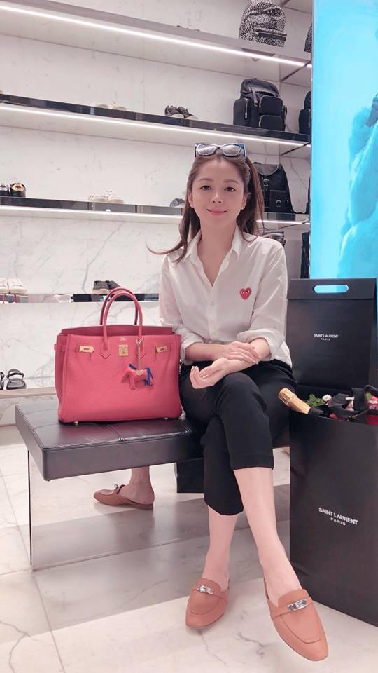 Bạn gái tin đồn của Soobin hóa ra là tín đồ hàng hiệu đích thực và rất nghiện túi Chanel - Ảnh 9.