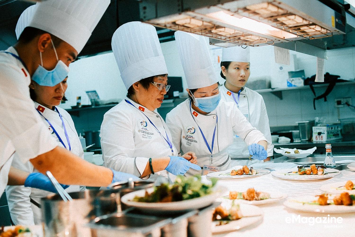 Chuyện nghệ nhân ẩm thực đãi tiệc 21 nguyên thủ quốc gia APEC bằng tinh tuý món ăn Việt Nam - Ảnh 14.