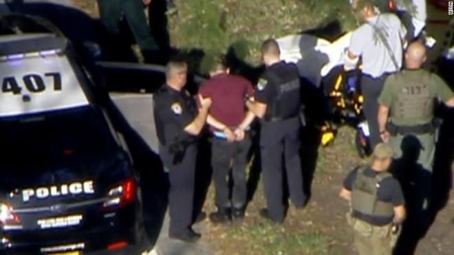 Thông tin mới nhất về nghi phạm gây xả súng đẫm máu ở Florida - Ảnh 1.