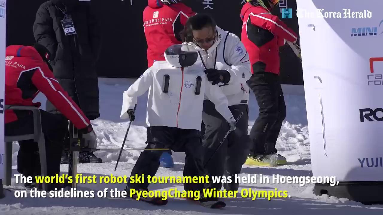 Xem này, robot đã xâm chiếm Thế vận hội Mùa đông để rồi bị ngã sấp mặt khi thi trượt tuyết - Ảnh 1.