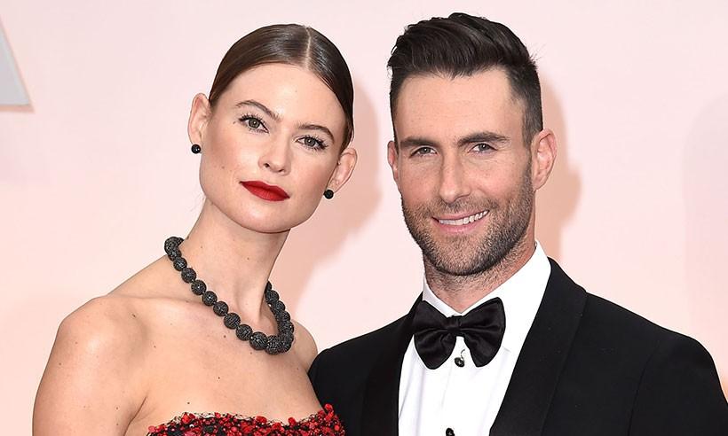 Vợ chồng Adam Levine chào đón bé gái thứ 2 và đặt cái tên cực độc lạ cho con - Ảnh 1.