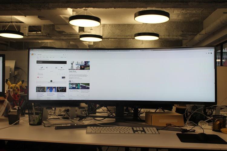 Màn hình cực dị dài bằng cả mặt bàn này sẽ hiển thị các trang web như thế nào? - Ảnh 10.