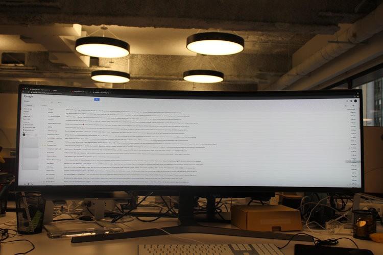 Màn hình cực dị dài bằng cả mặt bàn này sẽ hiển thị các trang web như thế nào? - Ảnh 4.