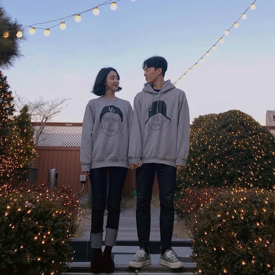 Cứ yêu nhau là phải mặc đồ đôi, nhưng mặc sao cho đẹp thì phải nhìn ngay 5 cặp đôi xứ Hàn này - Ảnh 5.