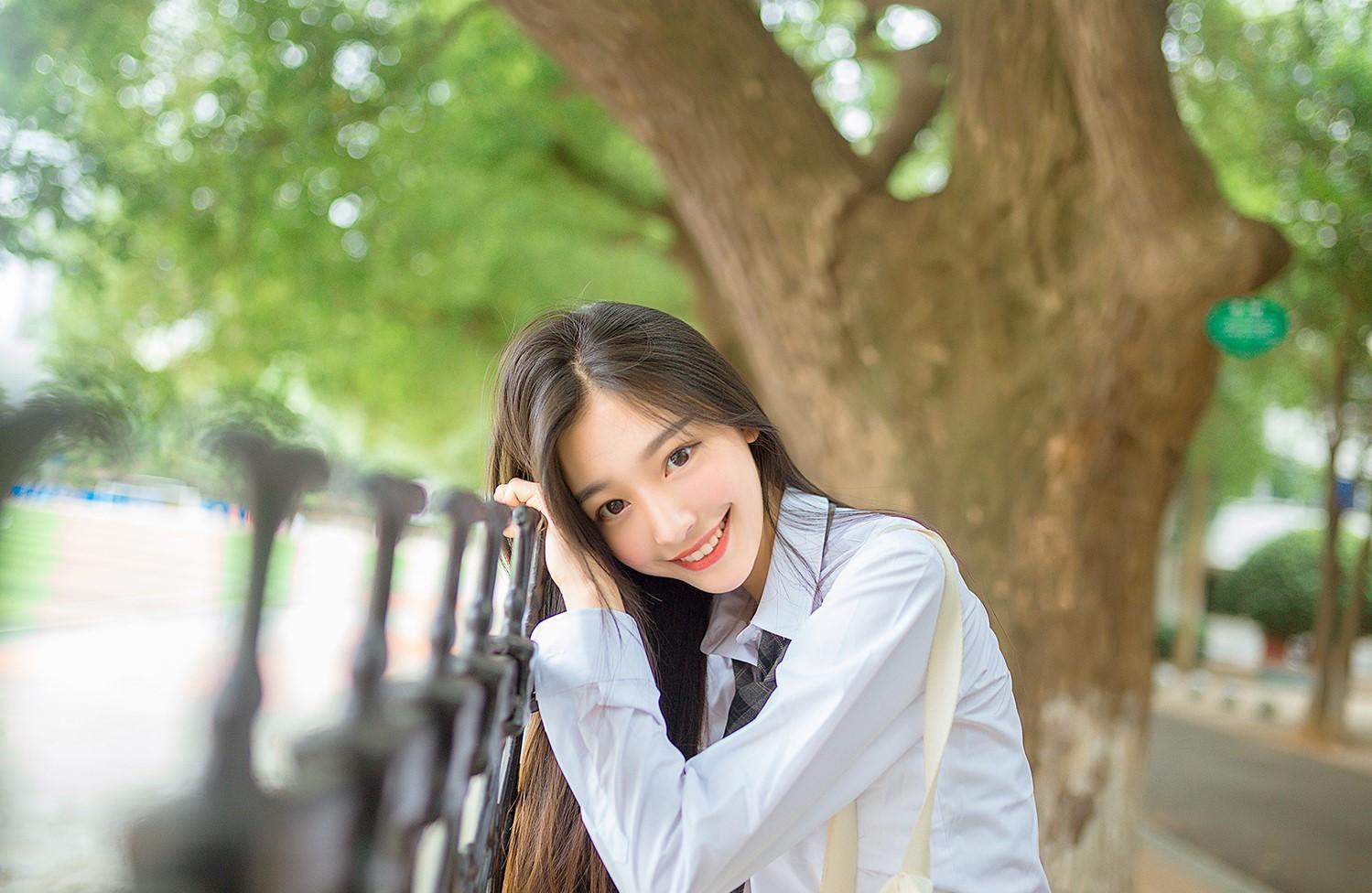 Chỉ nhờ một bức ảnh xuất thần, cô bạn Trung Quốc đã được mệnh danh nữ thần góc nghiêng - Ảnh 7.