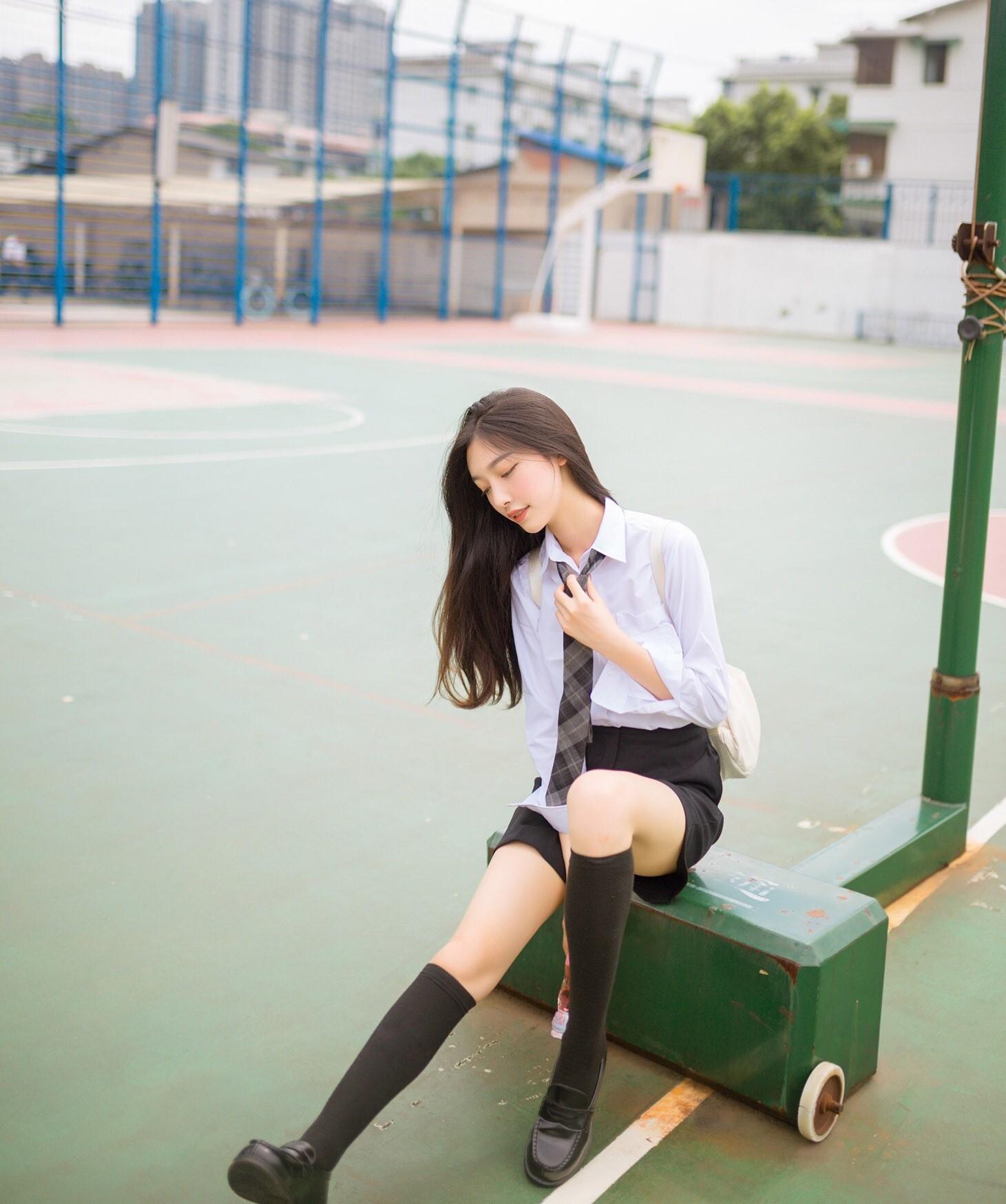 Chỉ nhờ một bức ảnh xuất thần, cô bạn Trung Quốc đã được mệnh danh nữ thần góc nghiêng - Ảnh 6.