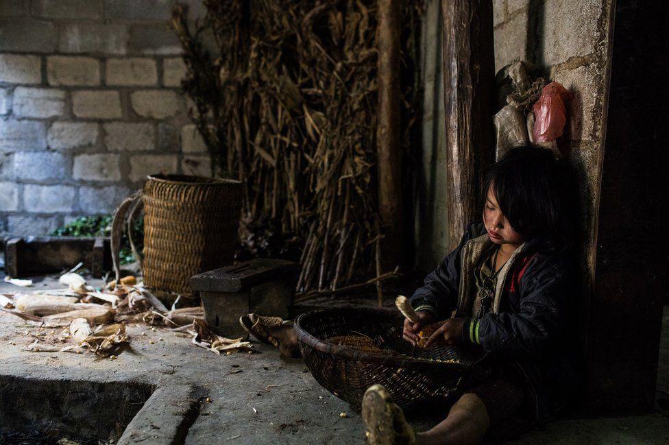Nỗi lòng của những phụ nữ mất con gái nơi vùng núi phía bắc: Tổ quốc đẹp và buồn đến nao lòng trên tạp chí BBC - Ảnh 6.