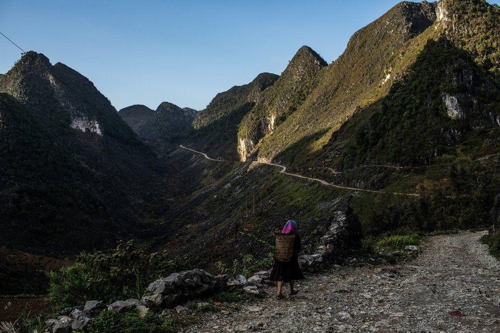 Nỗi lòng của những phụ nữ mất con gái nơi vùng núi phía bắc: Tổ quốc đẹp và buồn đến nao lòng trên tạp chí BBC - Ảnh 9.
