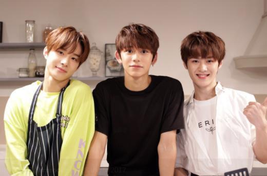 Cùng nghía qua 3 trai đẹp mới toanh của SM đang khiến hội fangirl chết lên chết xuống - Ảnh 21.