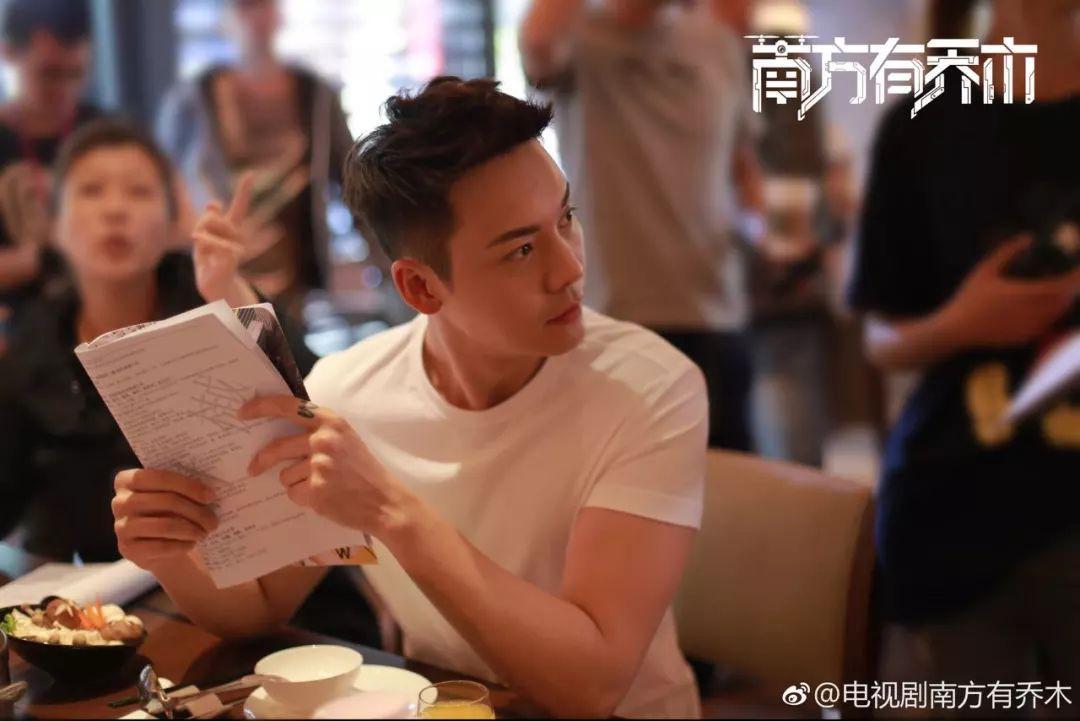 Mải khen ngợi mỹ nhân Hoa ngữ, bây giờ mới nhận ra Cbiz sở hữu một nam thần đẹp 360 độ không góc chết - Ảnh 7.