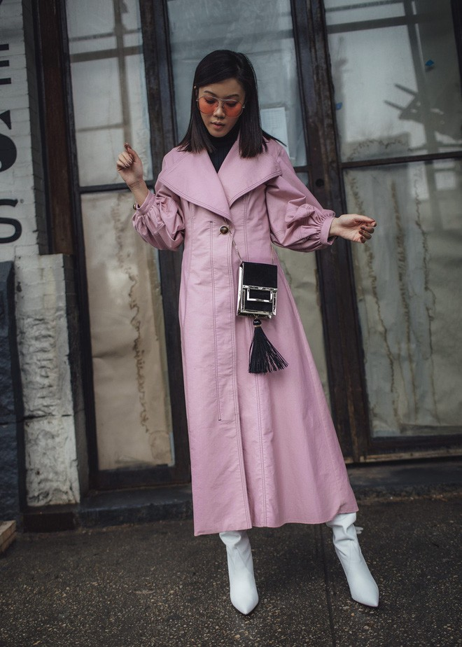 Tìm kiếm những gợi ý thú vị cho ngày đi làm đầu tiên của năm mới từ street style các quý cô châu Á - Ảnh 12.