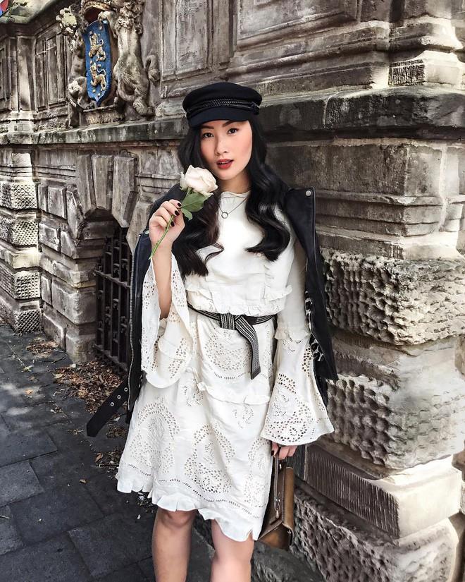 Tìm kiếm những gợi ý thú vị cho ngày đi làm đầu tiên của năm mới từ street style các quý cô châu Á - Ảnh 17.