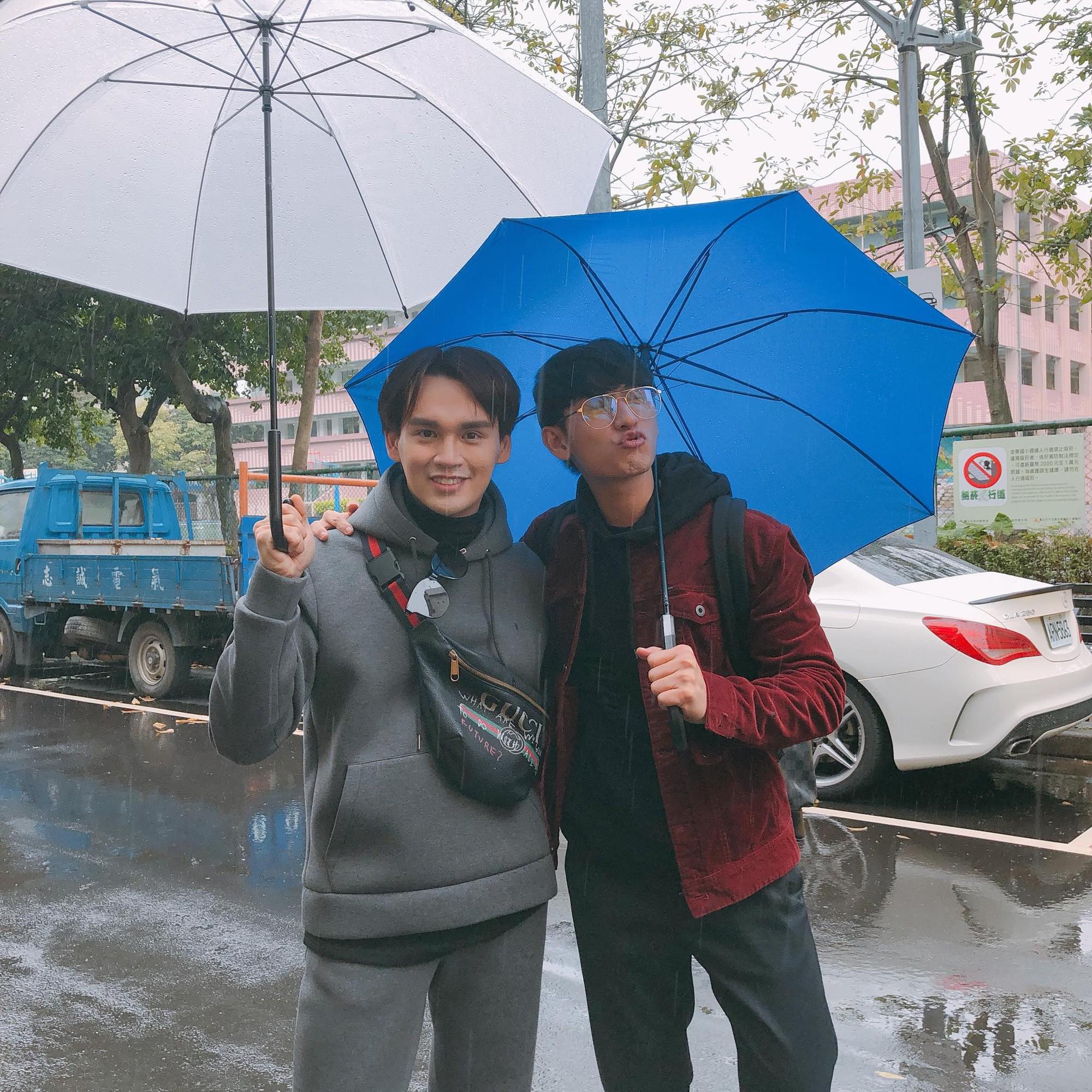 Mới đầu năm, dân tình đã ùn ùn kéo nhau sang Đài Loan và chụp cả trăm tấm hình - Ảnh 2.
