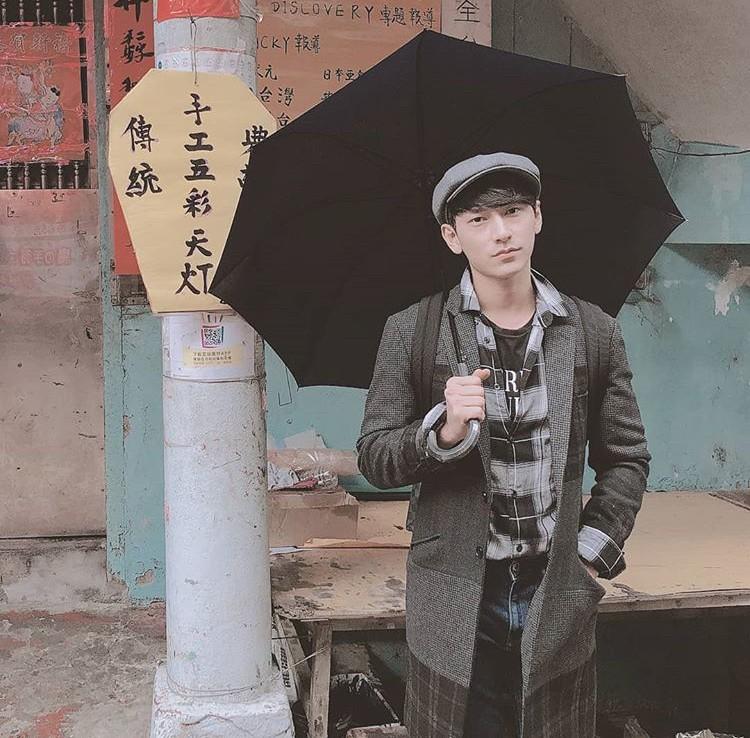 Mới đầu năm, dân tình đã ùn ùn kéo nhau sang Đài Loan và chụp cả trăm tấm hình - Ảnh 1.