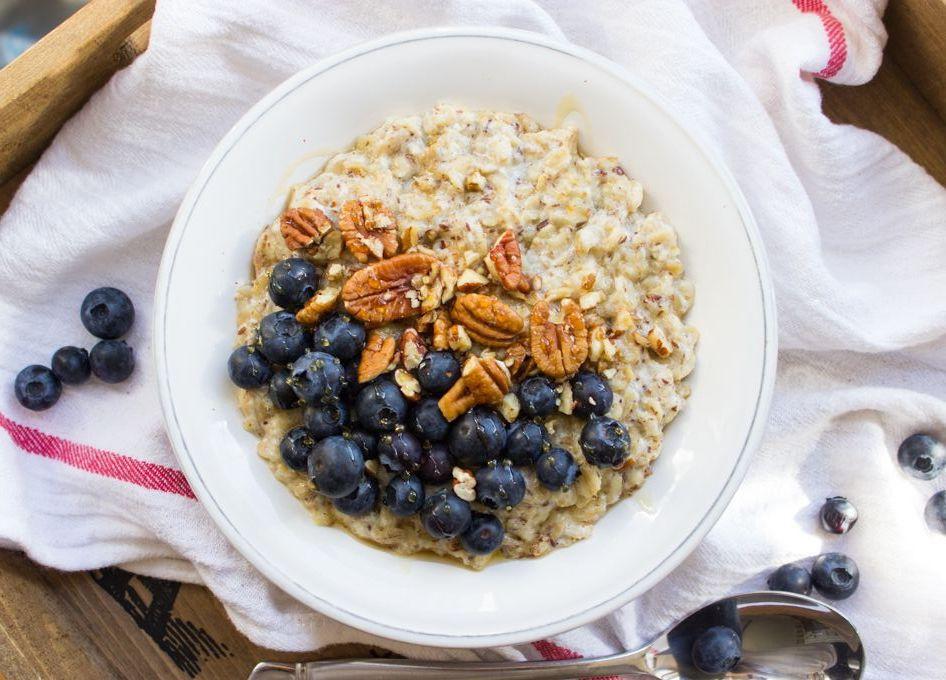 Bữa sáng hoàn hảo giúp da đẹp, dáng thon từ các huấn luyện viên yoga trên thế giới - Ảnh 4.