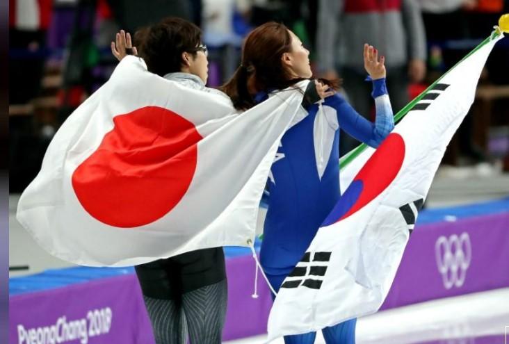 VĐV Nhật Bản bỏ ăn mừng để vỗ về, an ủi đối thủ Hàn Quốc đang khóc nức nở - Ảnh 5.