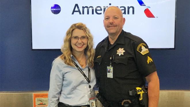 Nghi ngờ vé máy bay có vấn đề, nhân viên sân bay quyết định làm một việc giúp 2 bé gái tuổi teen thoát khỏi bọn buôn bán tình dục - Ảnh 3.