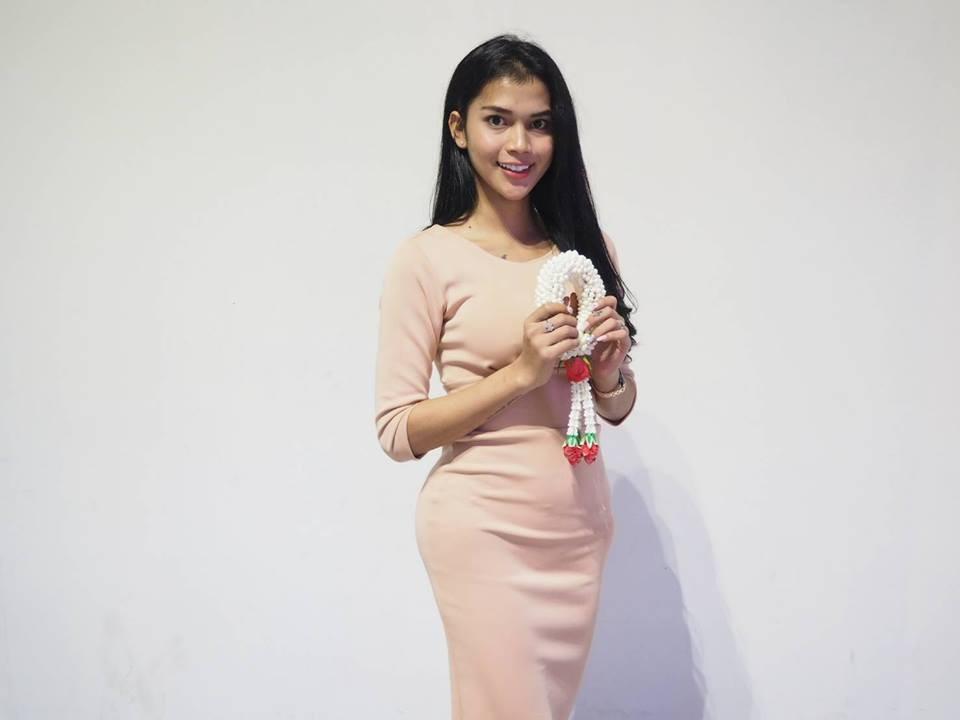 Hoa hậu Chuyển giới Quốc tế 2018: Hương Giang rạng rỡ bên dàn thí sinh trong ngày đầu hội ngộ - Ảnh 6.