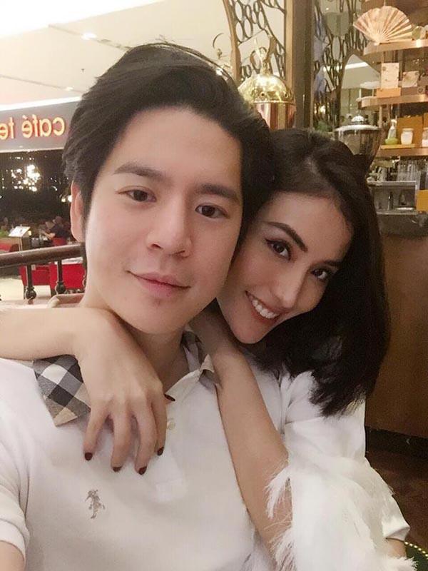Lộ ảnh Mai Hồ bí mật tổ chức lễ đính hôn với người yêu cực điển trai - Ảnh 2.