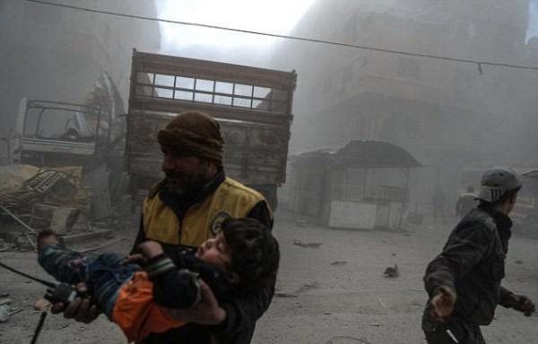 Thảm cảnh của những đứa trẻ tại thánh địa chết chóc Syria: Nỗi đau của các em vẫn chưa có hồi kết - Ảnh 8.