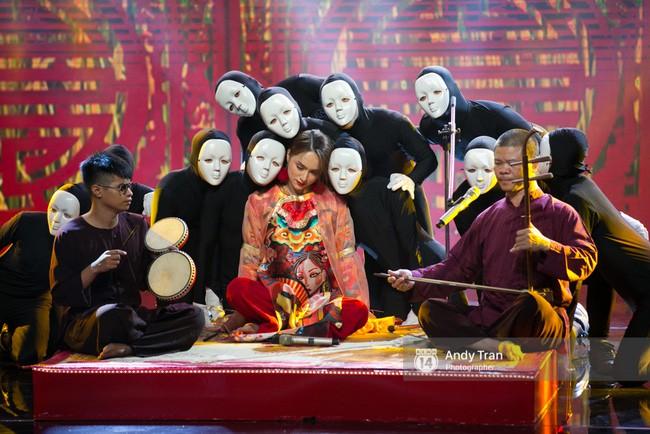 Điểm lại thành tích TV Show lừng lẫy mà Hương Giang khoe ở Hoa hậu Chuyển giới Quốc tế! - Ảnh 12.