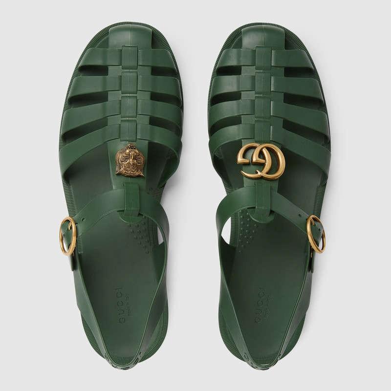 Có giá hơn 11 triệu nhưng hình như sandal của Gucci trông quá giống dép rọ bộ đội của nước ta thì phải - Ảnh 4.