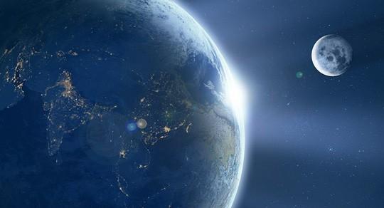 Mặt trăng thật sự có rất nhiều nước và là nguồn tài nguyên quý giá cho những cuộc thám hiểm sắp tới. Ảnh: SPUTNIK