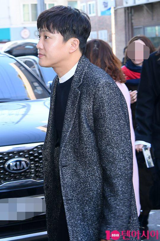 Dàn sao siêu sang chảnh dự đám cưới Taeyang: 2NE1 và WINNER như đi thảm đỏ, Black Pink đọ sắc người đẹp không tuổi - Ảnh 29.