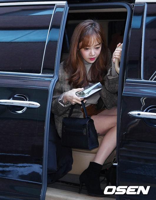 Dàn sao siêu sang chảnh dự đám cưới Taeyang: 2NE1 và WINNER như đi thảm đỏ, Black Pink đọ sắc người đẹp không tuổi - Ảnh 54.