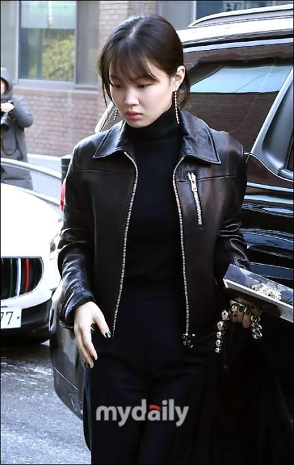 Dàn sao siêu sang chảnh dự đám cưới Taeyang: 2NE1 và WINNER như đi thảm đỏ, Black Pink đọ sắc người đẹp không tuổi - Ảnh 32.