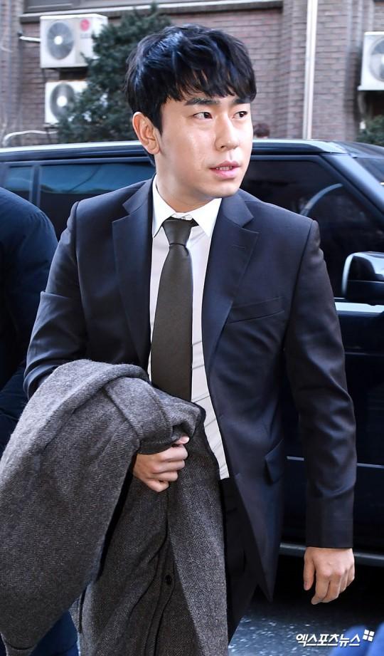 Dàn sao siêu sang chảnh dự đám cưới Taeyang: 2NE1 và WINNER như đi thảm đỏ, Black Pink đọ sắc người đẹp không tuổi - Ảnh 51.