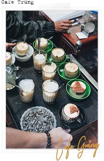Đến Giảng không chỉ để uống một ly cafe trứng, mà còn để hưởng cái nhàn nhã rất Hà Nội của một quán xưa - Ảnh 4.