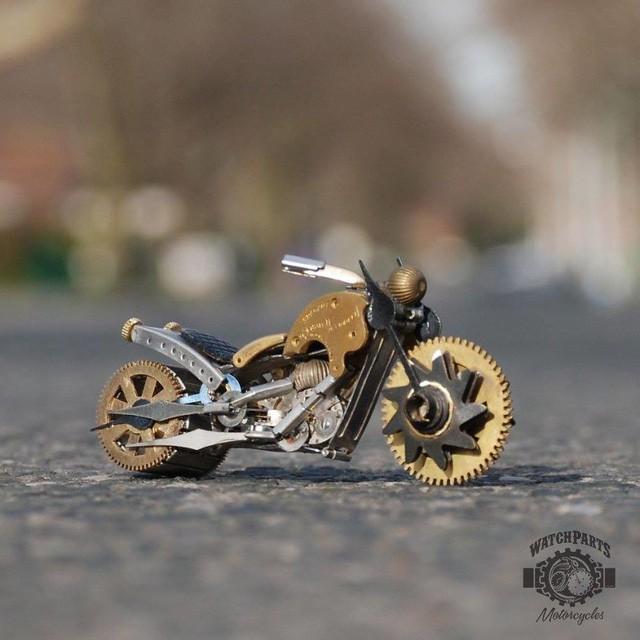 Biến những linh kiện đồng hồ cũ thành tác phẩm điêu khắc đẹp đến ngỡ ngàng - Ảnh 5.