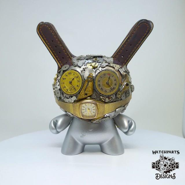 Biến những linh kiện đồng hồ cũ thành tác phẩm điêu khắc đẹp đến ngỡ ngàng - Ảnh 9.