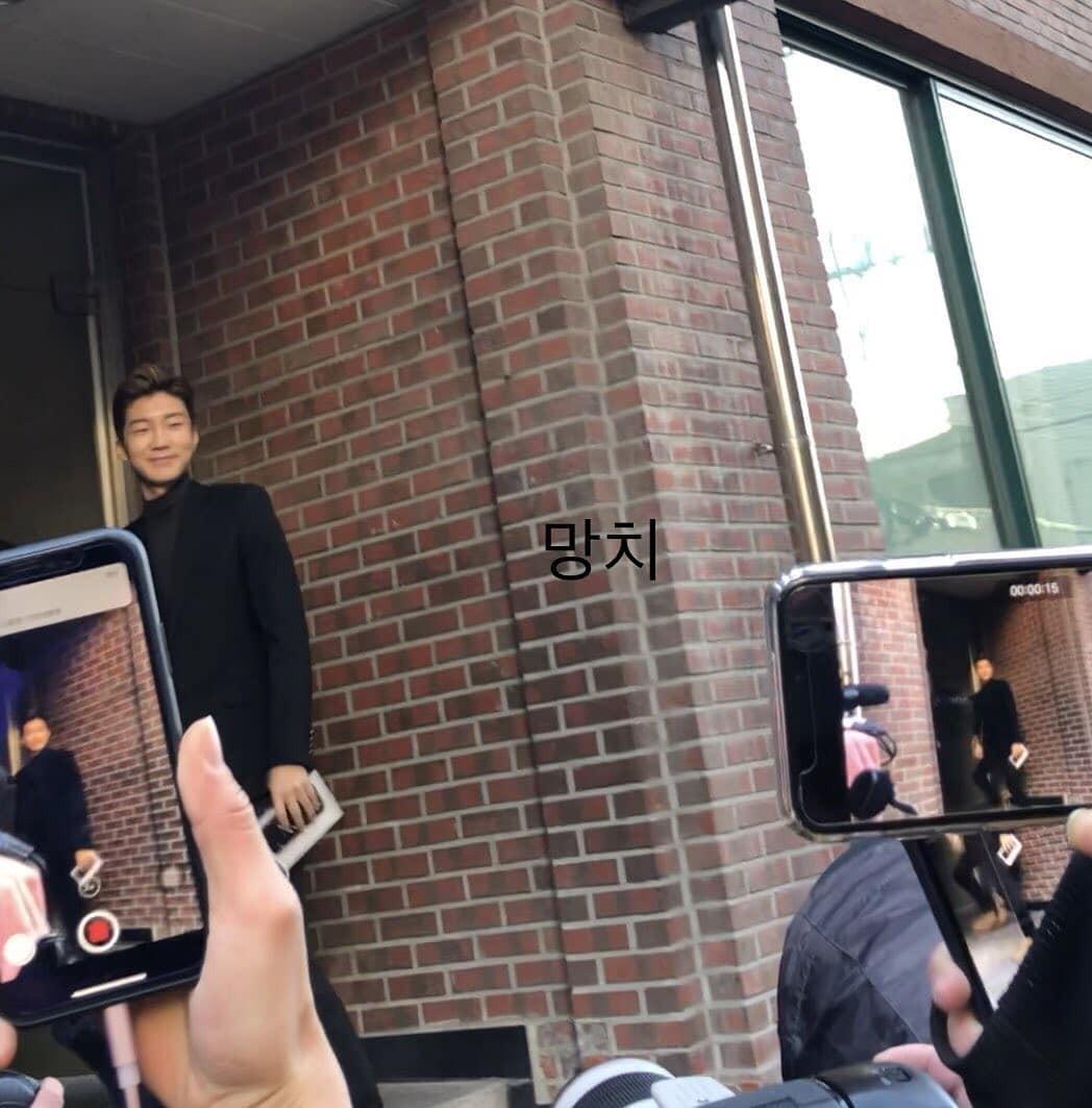 Cập nhật dàn sao đến dự đám cưới Taeyang: Seungri điển trai như tài tử, 2NE1 và WINNER diện đồ lồng lộn đến - Ảnh 9.
