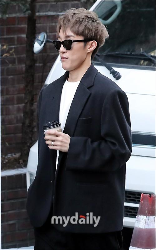 Dàn sao siêu sang chảnh dự đám cưới Taeyang: 2NE1 và WINNER như đi thảm đỏ, Black Pink đọ sắc người đẹp không tuổi - Ảnh 38.