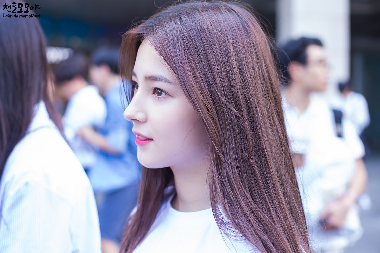 Nam giới Nhật chọn nữ idol đẹp nhất Kpop: TWICE, Black Pink đều có mặt nhưng không bì được nữ thần nhan sắc này - Ảnh 15.