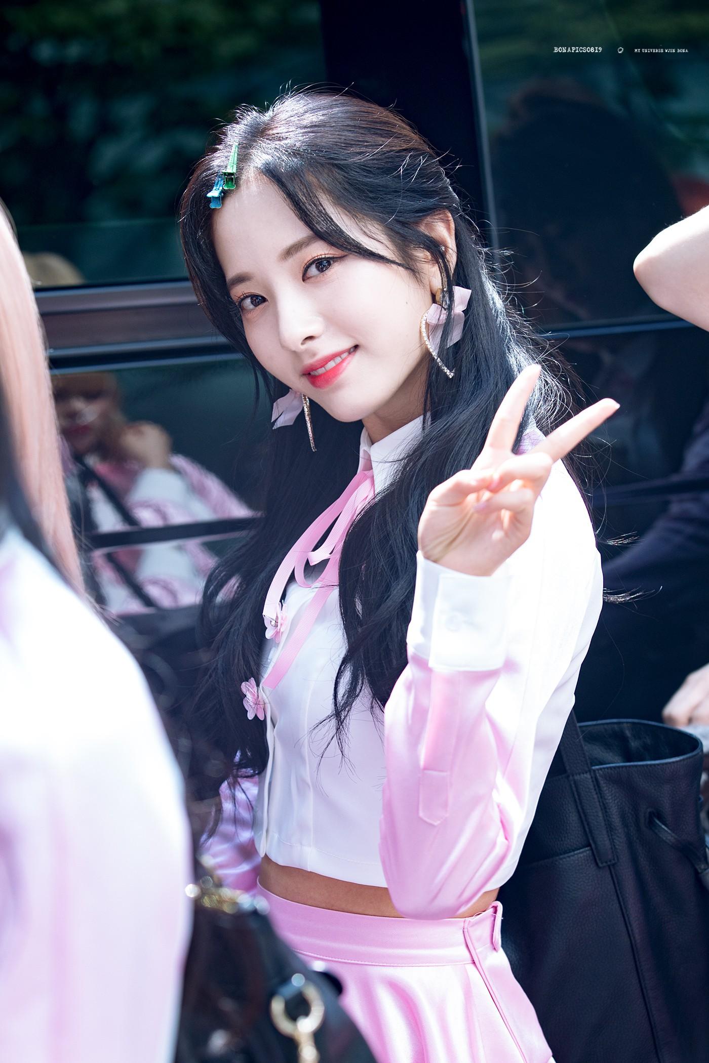 Nam giới Nhật chọn nữ idol đẹp nhất Kpop: TWICE, Black Pink đều có mặt nhưng không bì được nữ thần nhan sắc này - Ảnh 23.