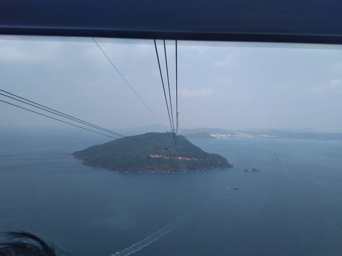 Ngắm cáp treo dài nhất thế giới tại Phú Quốc ngày khánh thành - Ảnh 12.