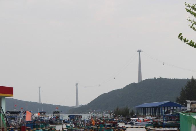 Ngắm cáp treo dài nhất thế giới tại Phú Quốc ngày khánh thành - Ảnh 5.